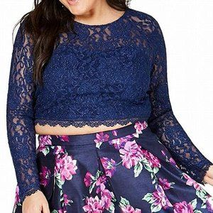 Sequin Hearts Formal Lace Open Back Crop Top